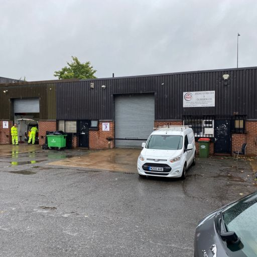 Unit 11, Killingbeck Drive, York Road, Leeds, LS14 6UF